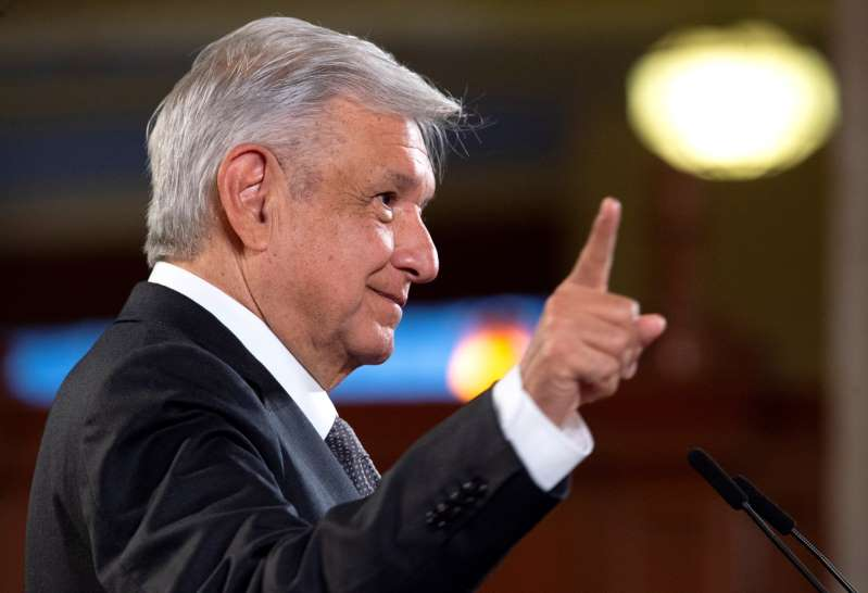 López Obrador sería primer mexicano en usar la vacuna rusa contra COVID