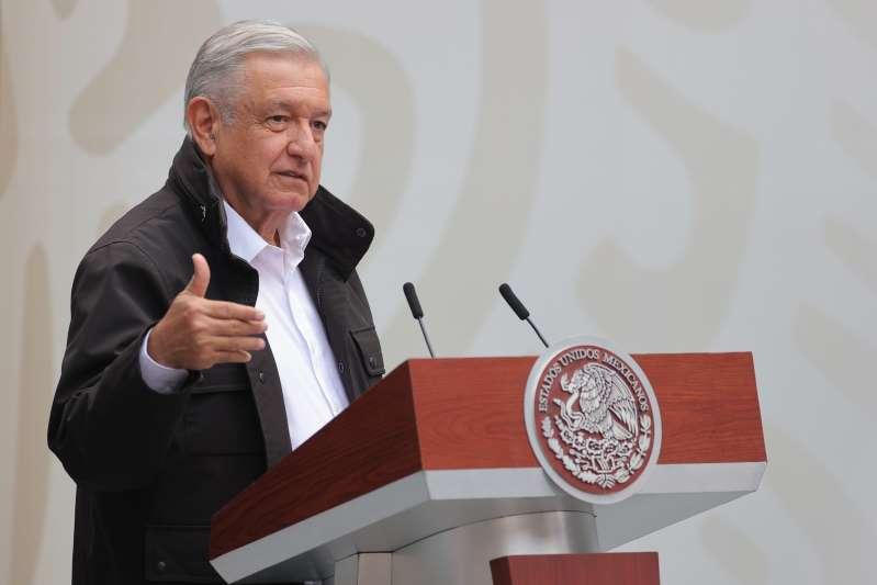 """López Obrador dice que no puede """"opinar"""" hasta que acabe recuento en EE.UU."""