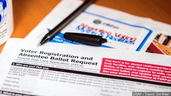 El juez bloquea la directiva de Iowa sobre las solicitudes de boleta de voto ausente