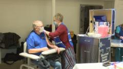 El Departamento de Salud del Distrito de Siouxland alberga la clínica de vacunación COVID-19 en Climbing Hill, IA